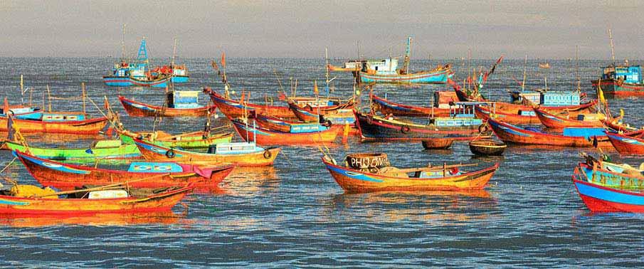 nha-trang-fisherman-boat