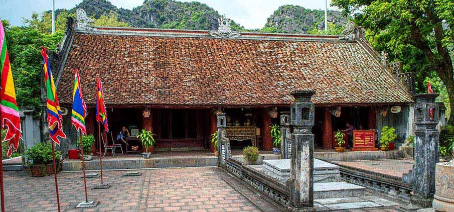 hoa-lu-ancient-capital-vietnam