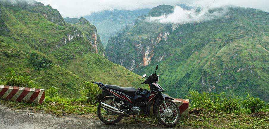 ma-pi-leng-pass-motorbike