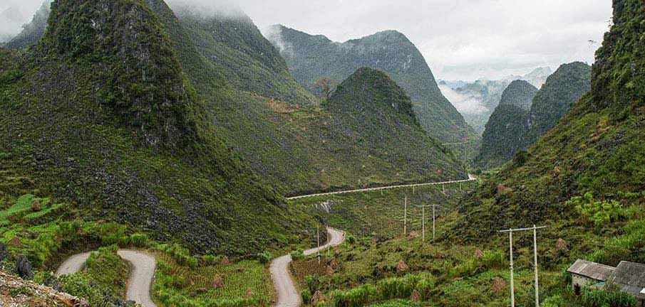 ma-pi-leng-pass-mountains-vietnam