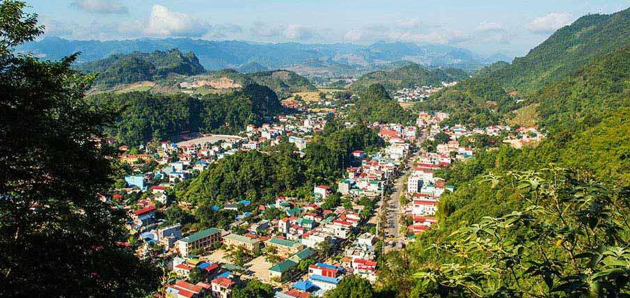 moc-chau-town-vietnam