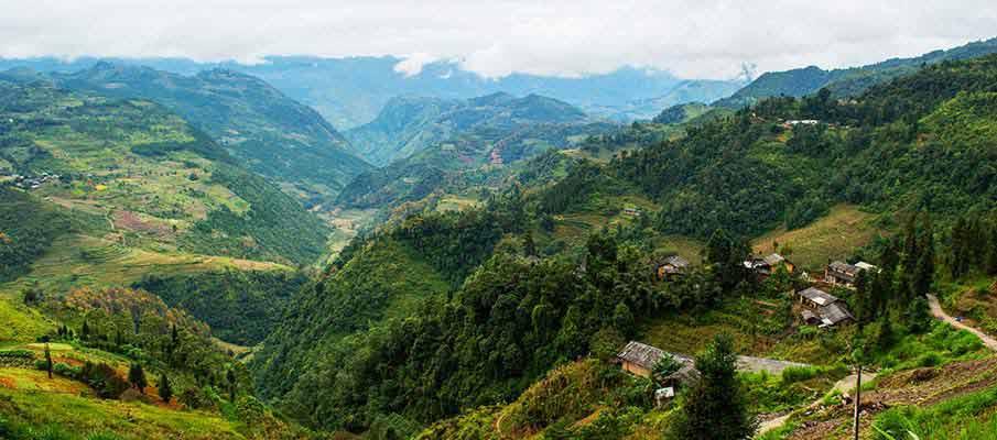 dong-van-village-vietnam