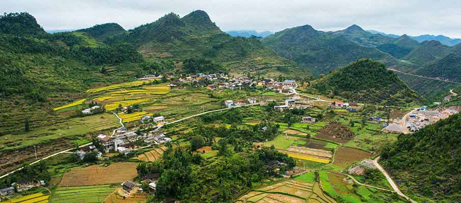 lung-cu-village-dong-van