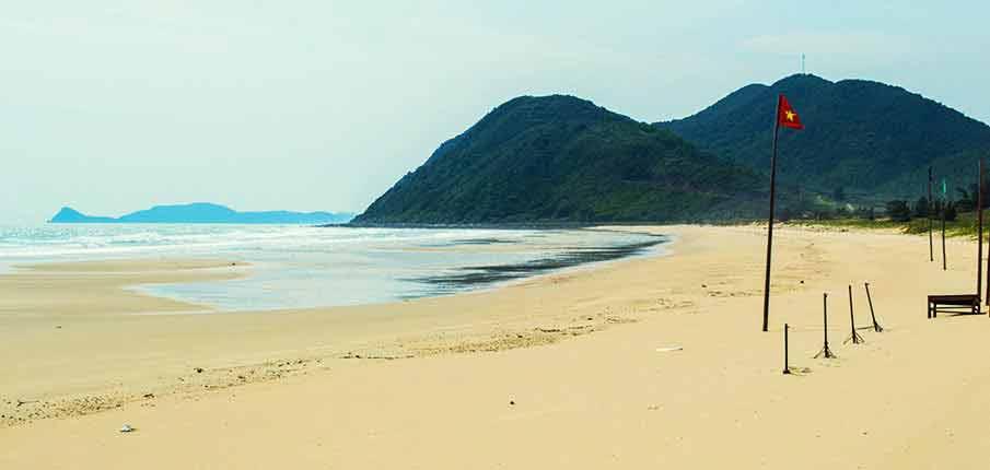 quan-lan-island-beach-vietnam