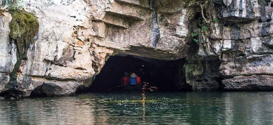 trang-an-complex-cave