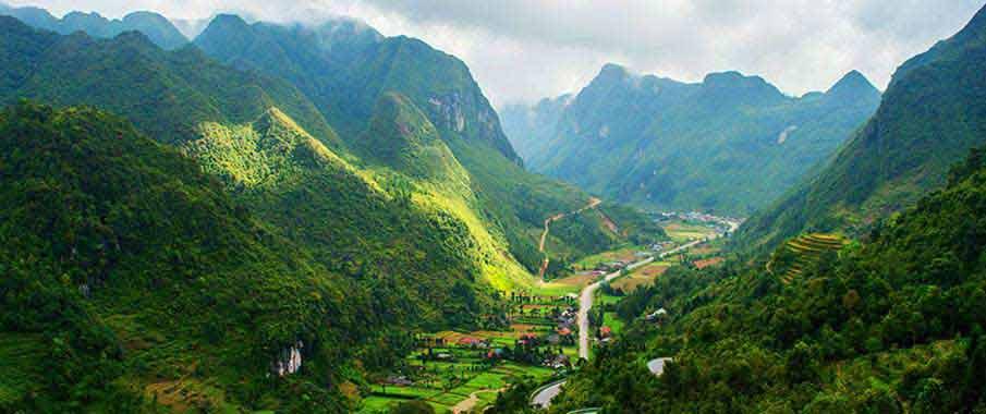 ha-giang-sung-la-valley-vietnam