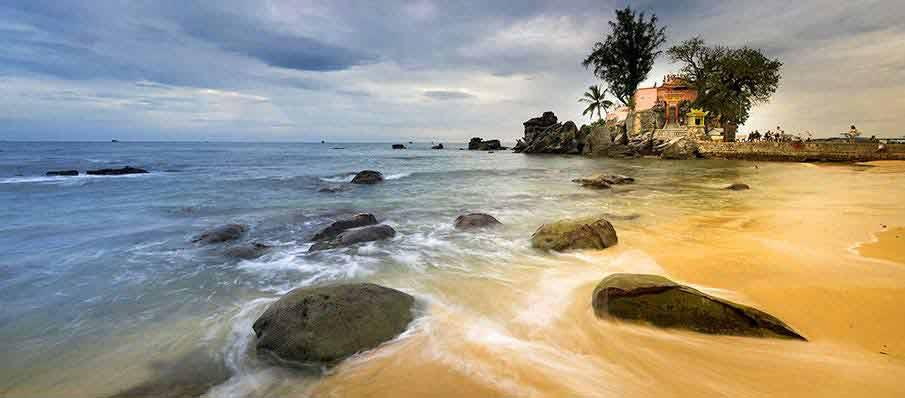 phu-quoc-island-beach-temple