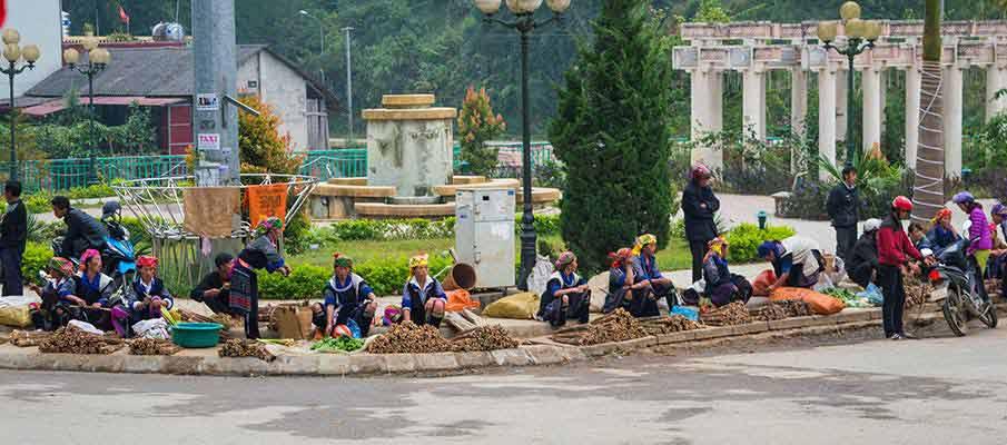 mu-cang-chai-town1-vietnam