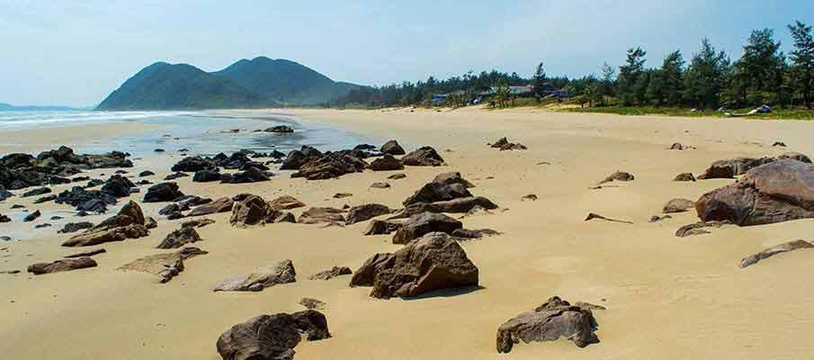 quan-lan-island-vietnam-beach1