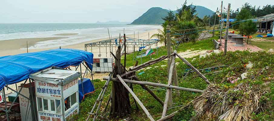 quan-lan-island-vietnam-beach4