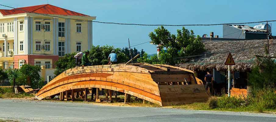 quan-lan-island-vietnam-boat