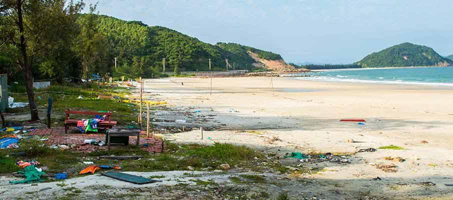 quan-lan-minh-chau-beach1