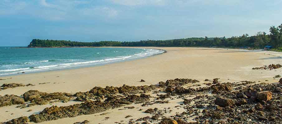 quan-lan-minh-chau-beach2