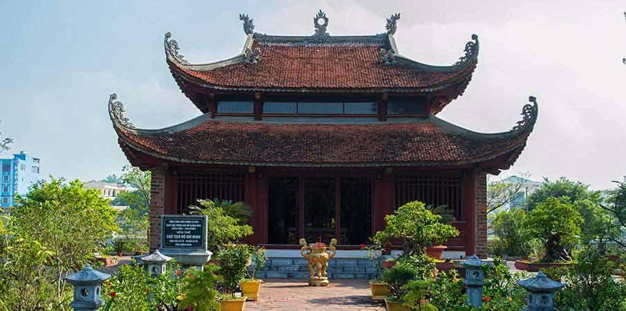 ho-chi-minh-temple-co-to-island