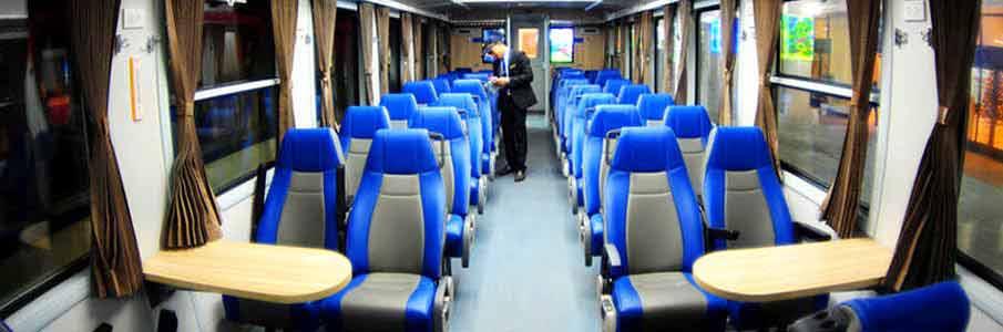 train-seat-hanoi-hai-phong-vietnam