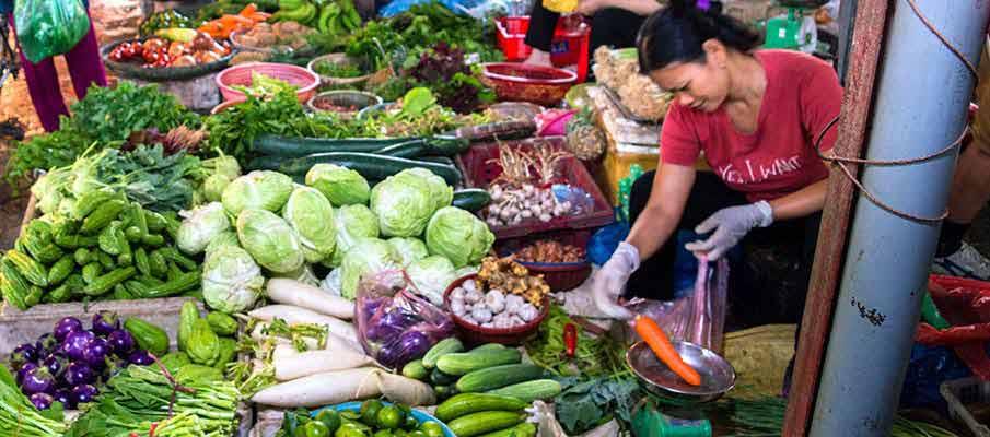 hanoi-market-vietnam