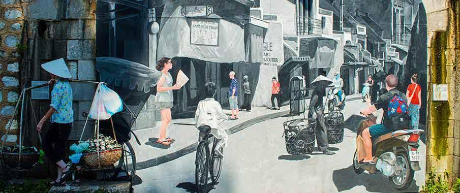 hanoi-phung-hung-street-vietnam