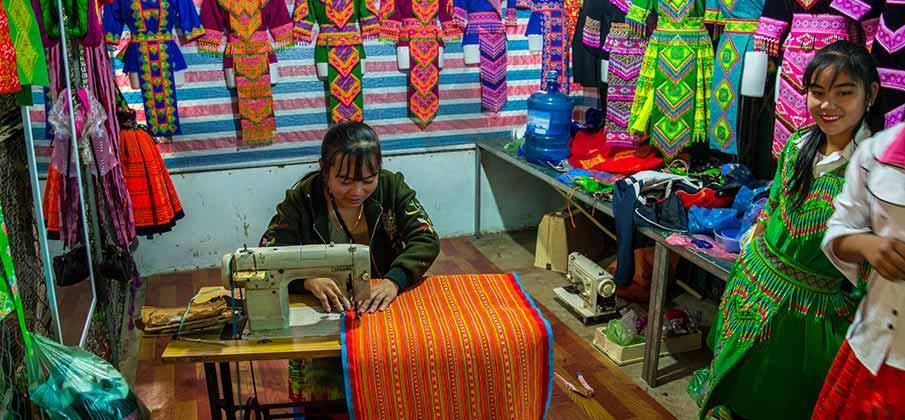 bac-yen-market-son-la-vietnam