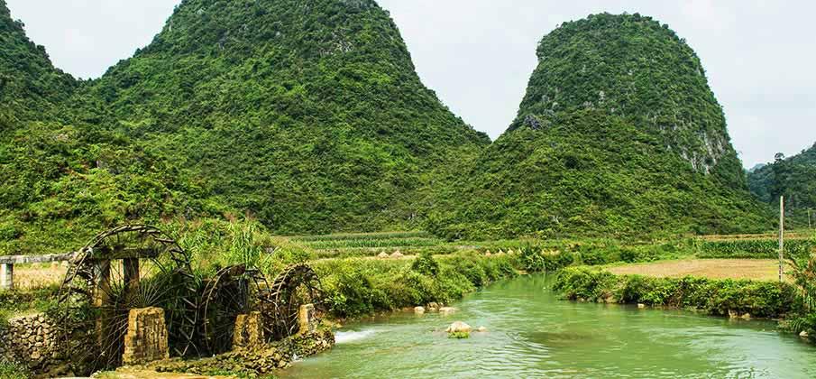 phong-nam-cao-bang-vietnam1