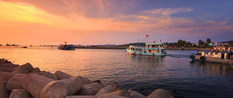 phu-quoc-boat-ferry-vietnam