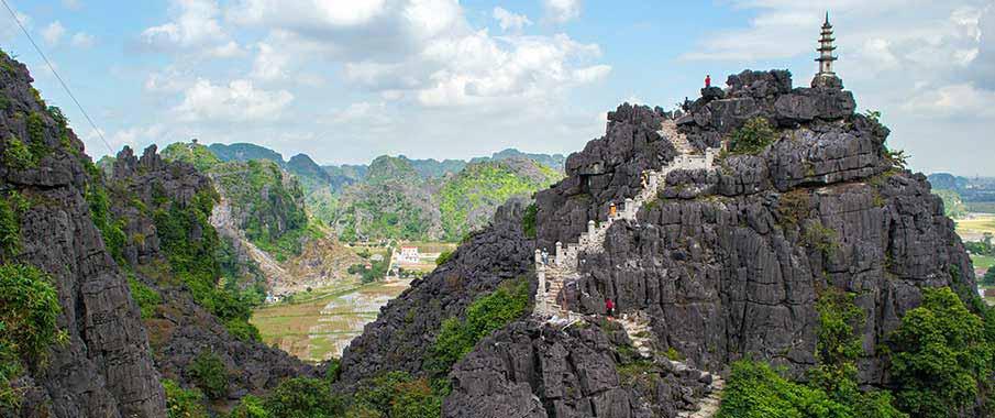 mua-caves-ninh-binh-vietnam