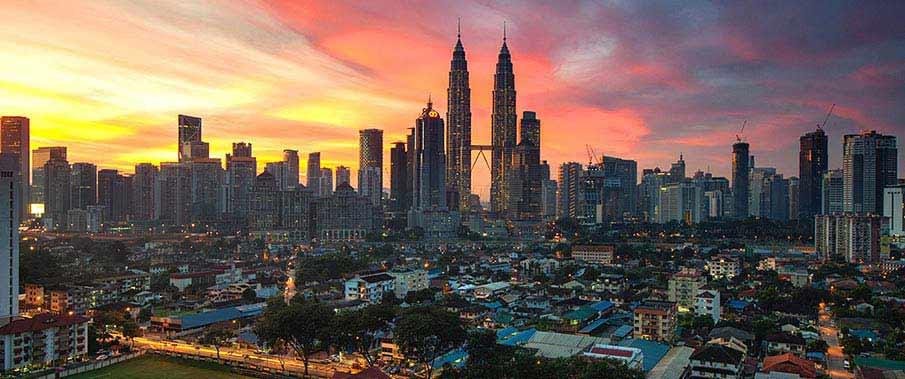 kuala-lumpur-malaysia-petronsa-tower