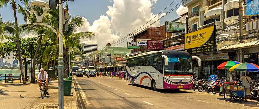 pattaya-thailand-bus-street