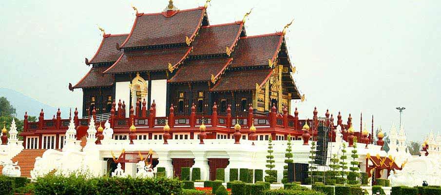 temple-park-chiang-mai-thailand