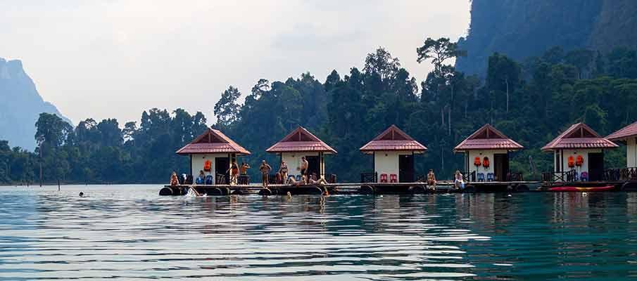 khao-sok-national-park-tourists