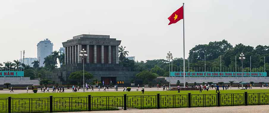 ho-chi-minh-mausoleum-in-hanoi