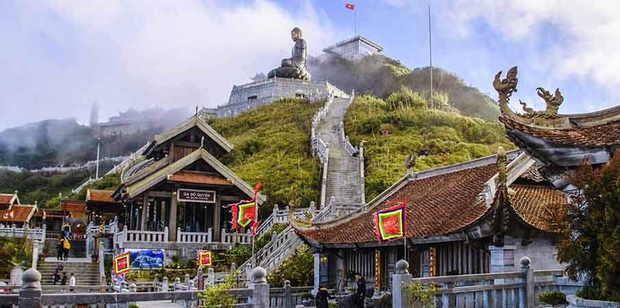 fansipan-mountain-peak-vietnam-sapa