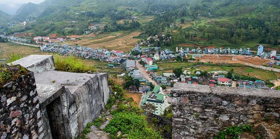 don-cao-viewpoint-fort-dong-van-vietnam