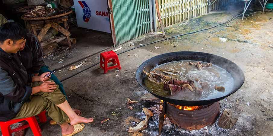 dong-van-town-market-vietnam