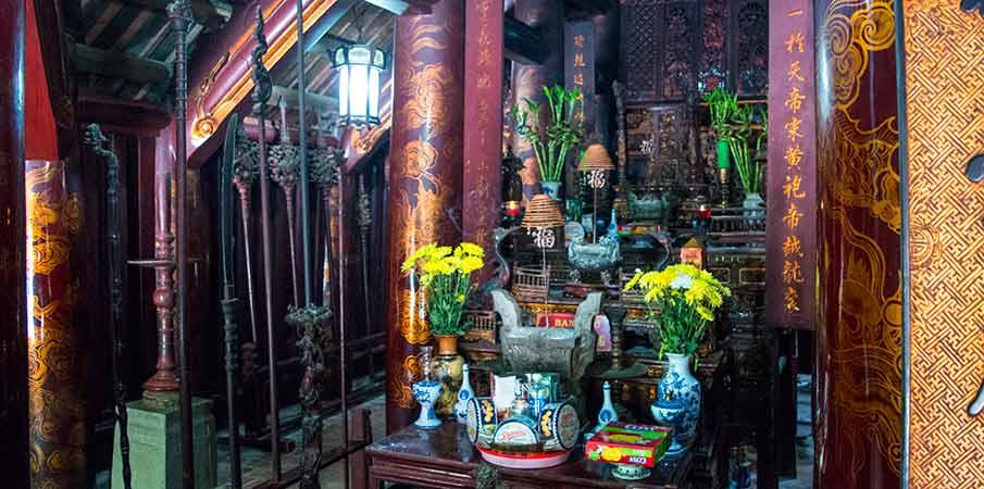 hoa-lu-le-dai-hanh-temple-vietnam