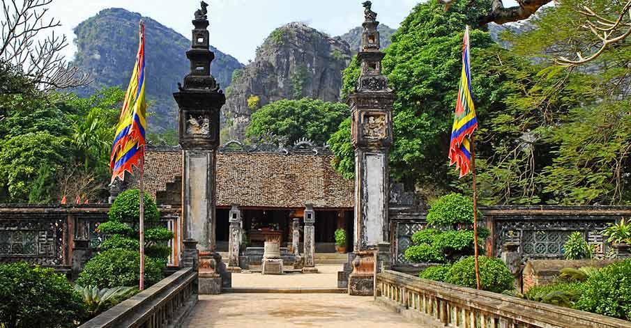 temple-dinh-tinh-hoang-hoa-lu-ninh-binh