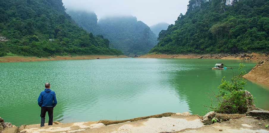 thang-hen-lake-cao-bang-tra-linh