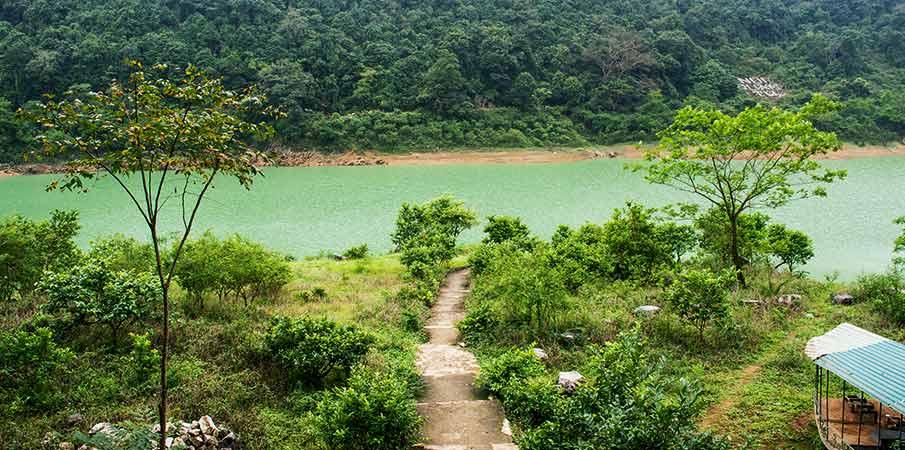 thang-hen-lake-cao-bang-vietnam
