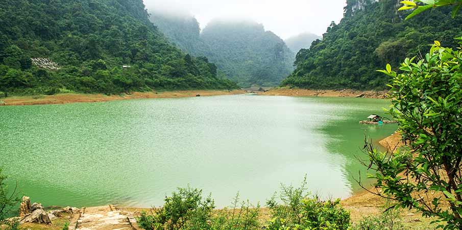 thang-hen-lake-cao-bang-vietnam1