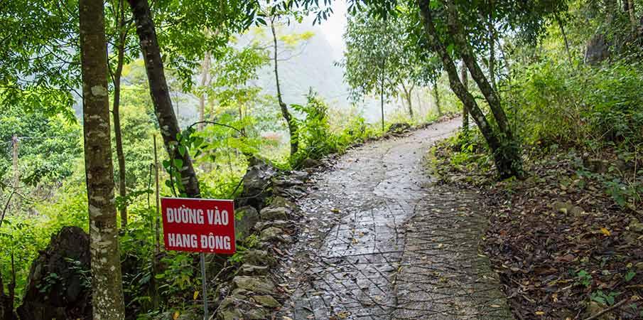 thang-hen-lake-path-cave-cao-bang