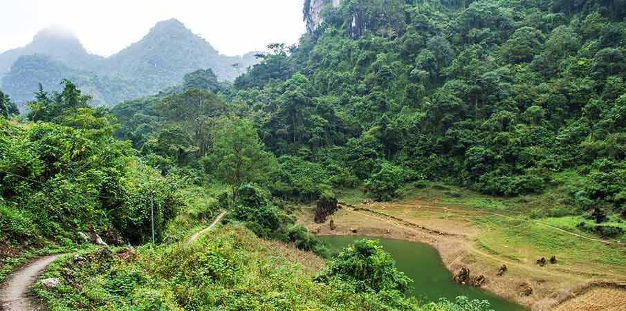 thang-hen-lake-valley-nam-tra-cao-bang