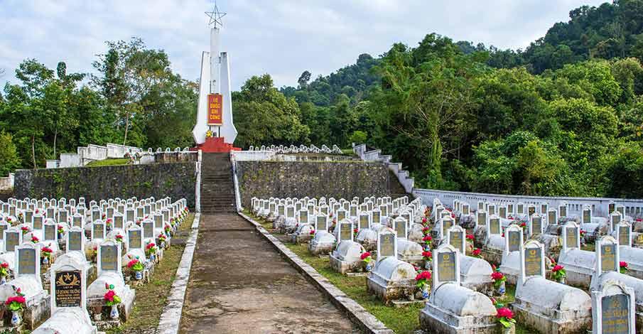 vietminh-memorial-monument-cao-bang